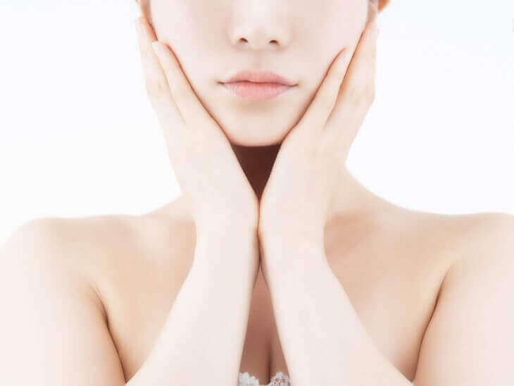 肌荒れを解消する効果的な栄養を摂る