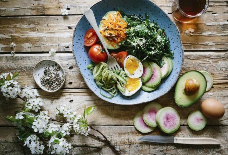 アボカドを毎日食べる(食べ過ぎ)はどんな影響がある?