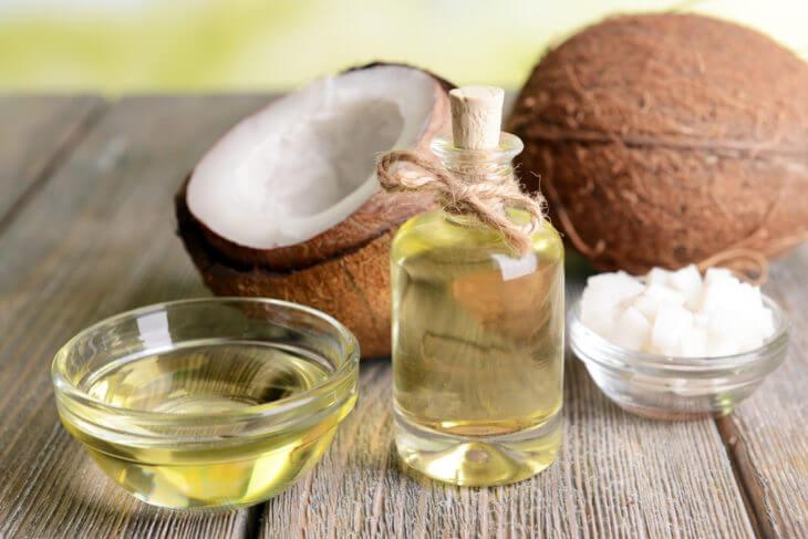 ココナッツオイルが固まった時の対処法